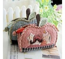 Косметичка «Яблочко и Гусеничка» набор для самостоятельного шитья